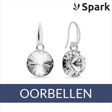 Spark - zilveren oorhangers met Swarovski